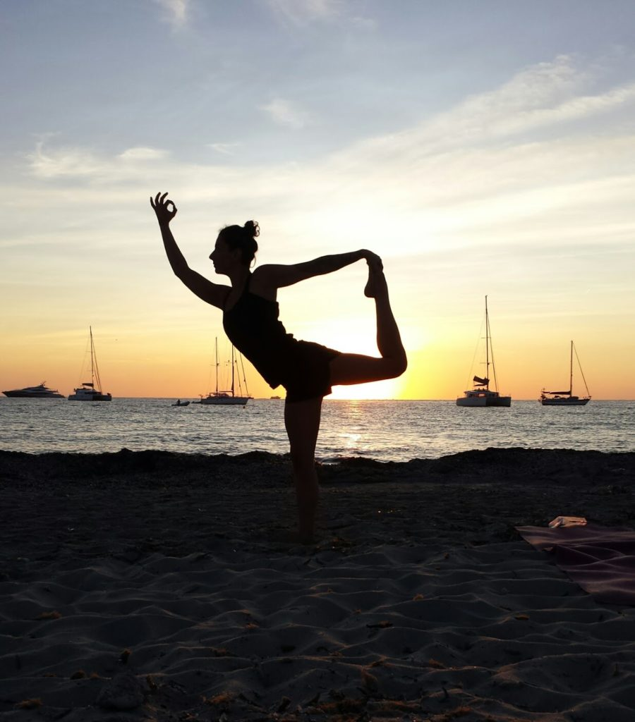 yoga-and-sailing