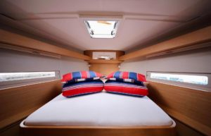 front cabin sailing yacht